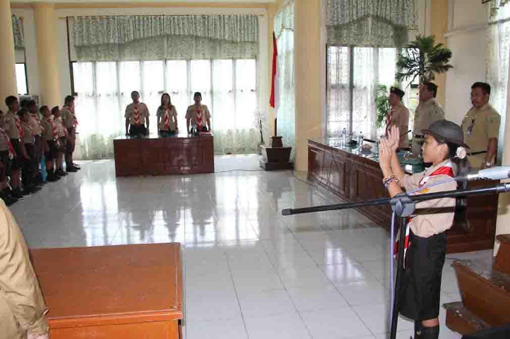 Upacara Pelepasan Kontingen Pramuka Kwarcab Bolmong di ruangan Setda Pemkab Bolmong