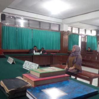 JPU Da'wan Manggalupang SH dituding tidak mengindahkan Gelar Perkara Kejagung RI. MMS saat mendengarkan pembacaan dakwaan JPU di Pengadilan Tipikor Manado (foto : istimewa)
