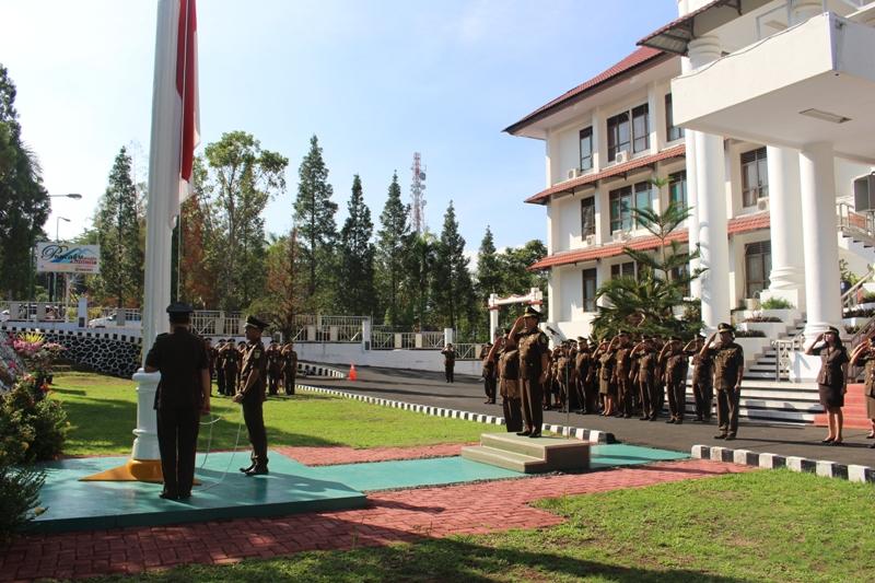 Upacara di Kantor Kejati Sulawesi Utara (foto istimewa)
