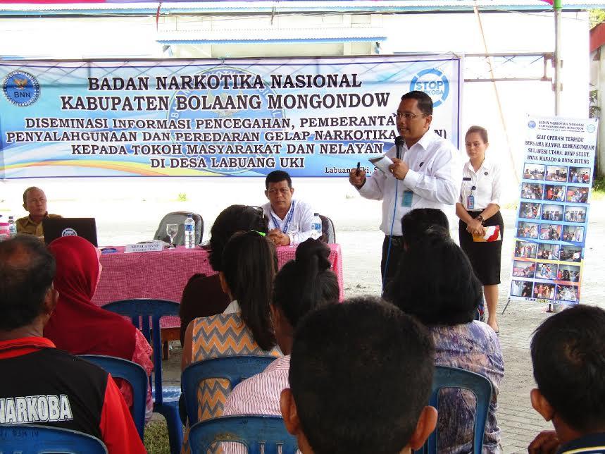 Kegiatan Diseminasi informasi pencegahan pemberantasan penyalahgunaan dan peredaran narkoba kepada tokoh masyarakat yang digelar di Pelabuhan Labuan Uki, Kecamatan Lolak.