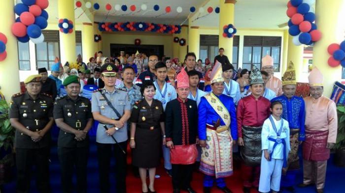 Momentum kebahagian Ultah ke-62 Bolmong