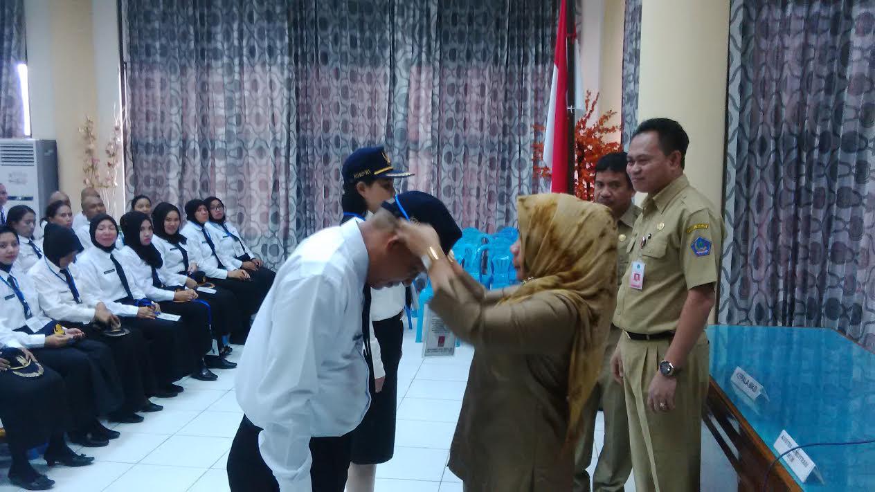 Asisten III Dra Ulfa Paputungan membuka Prajab Diklat CPNS Golongan I, II dan III dilingkungan Pemkab Bolmong