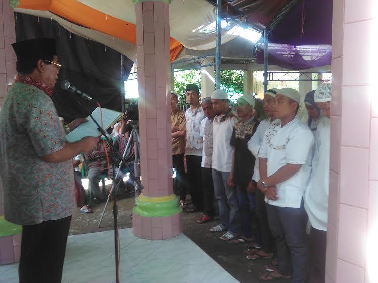 Bupati Salihi Mokodongan menyambut Bulan Suci Ramadhan bersama warga Kecamatan Dumoga Timur di Kelurahan Imandi