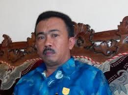 Ketua DPRD Kota Kotamobagu menyatakan pejabat Dinas Kesehatan Kotamobagu harus mempertanggjawabkan Rp5,6 Miliar yang teralokasi dalam APBD Reguler dan APBD Perubahan Tahun 2014.