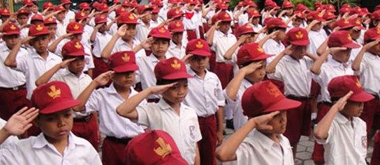 Ada sekolah di Kecamatan Kotamobagu Timur Kota Kotamobagu Provinsi Sulut yang larang siswanya naik kelas lantaran belum lunasi uang SPP