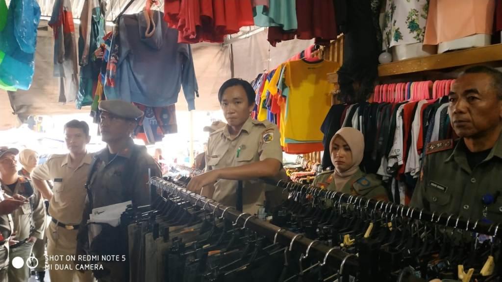 12 Ruko Pasar Pasar 23 Maret Disegel, Karena Nunggak Sekira Rp30-an Juta