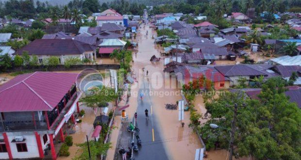 Banjir Luluh Lantahkan Kabupaten Bolsel, Puluhan Desa Tergenang Akses Jalan Putus