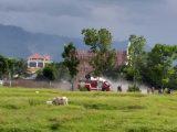 Dua Mobil Damkar Berhasil Padamkan Kobaran Api di Kelurahan Tumobui