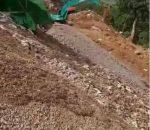 Warga Laporkan Ada 6 Unit Eksavator Lokasi PETI Potolo Lolayan, Beraktifitas Ilegal Membongkar Bukit