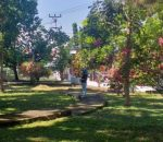 Rukmi Simbala Pimpin Kerja Bhakti BersihkanTaman Eks Kantor Bupati Bolmong