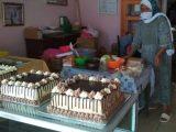 """Dari Dekat Produksi """"Kolombeng"""" dan Kue """"Mocca"""" 'Pabrikan' Warga Desa Poyowa Besar Satu"""