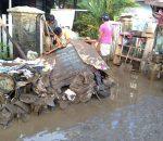 Pemkab Boltim Berikan Santunan Korban Banjir di Kota Manado