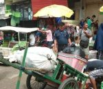 Satpol PP Kotamobagu Tertibkan Pedagang Pasar Serasi Gunakan Fasilitas Jalan