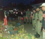 Anggota SP3 Tertibkan Pedagang Jualan di Badan Jalan 23 Maret