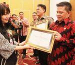 Langkah Maju Tatong Bara Pacu e-government, Kotamobagu Sabet Penghargaan KIP