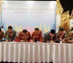 Walikota Kotamobagu with Dirjen PPL Kementerian PU-PERA, Teken MoU Sanitasi dan TPS