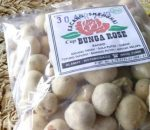 Kotamobagu Miliki Industri Kacang Telur Merek Sanghai Bungo Rose