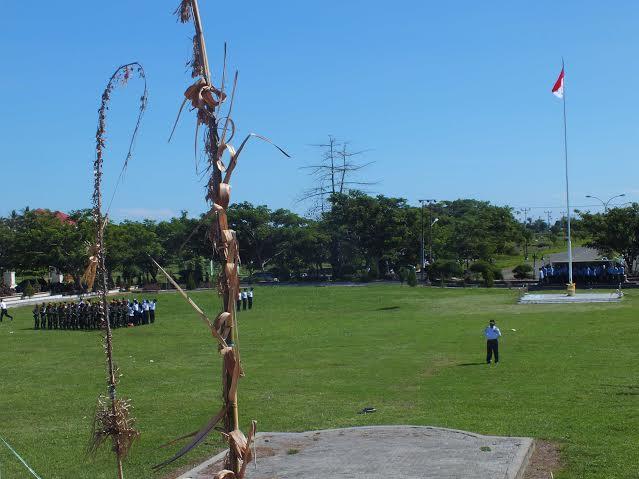 Upacara Peringatan Harkitnas disela-sela sambutan Menkominfo yang dibacakan Bupati Bolmong Salihi Mokodongan.