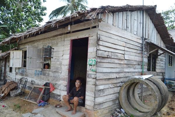 Tahun 2017 nanti, Pemkab Boltim akan mengalokasikan anggaran Rp4,5 Miliar untuk program rehabilitasi rumah bagi rakyat miskin. (dok : istimewa)