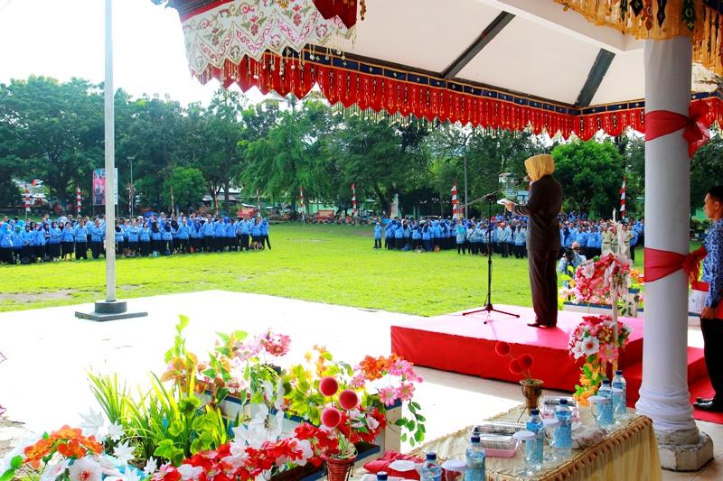 Walikota Kotamobagu bertindak Inspektur Upacara HUT PROVINSI Sulut ke 52