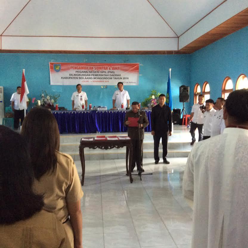251 PNS Bolmong Diambil Sumpah/Janji