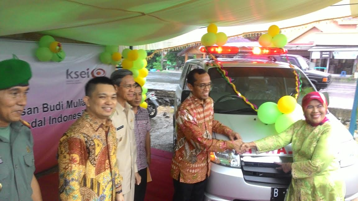 ADM Gandeng OJK-BEI ke-Kotamobagu, CSR 1 Unit Mobil Ambulance