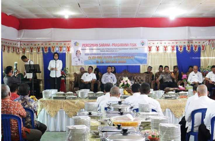 Walikota Tatong Bara, Resmikan Infrastruktur Desa Kopandakan I