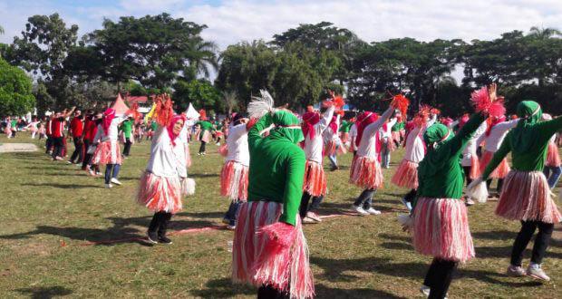 Libatkan 3000 Peserta, Pemkot Kotamobagu with Kodim 1303 Bolmong Gelar Goyang Maumere