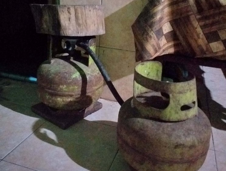 Rawan Meledak, Banyak Tabung Gas 3 Kg 'Kadaluarsa'Beredar di Kotamobagu