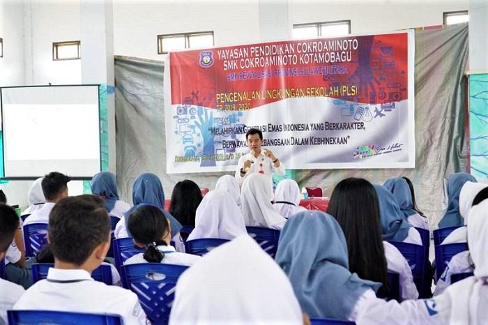 Diskominfo Kotamobagu Gelar Sosialisasi Pemanfaatan Dampak Penggunaan IT Bagi Pelajar