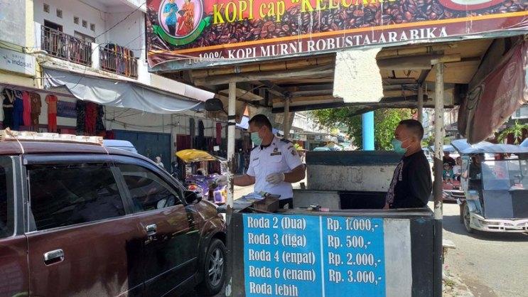 Petugas Pos Parkir di Kota Kotamobagu Wajib Gunakan APD