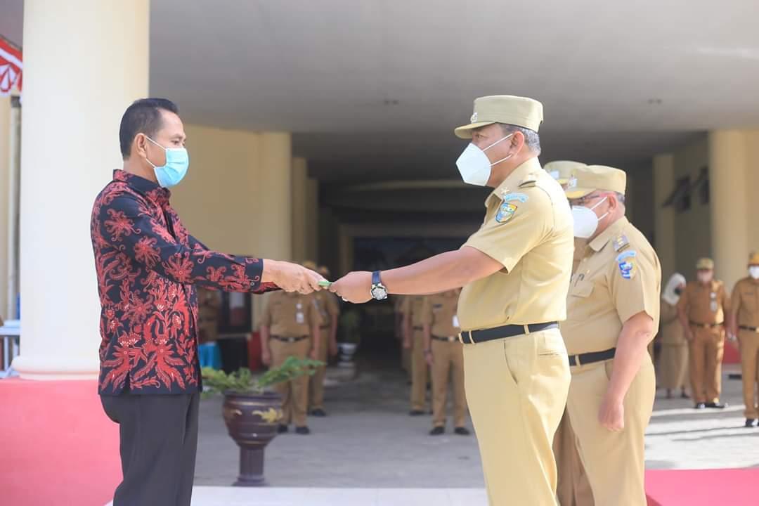 """Bupati Depri Pontoh Pimpin Apel Perdana PNS Penerapan Sistem Kerja """"Normal Baru"""""""