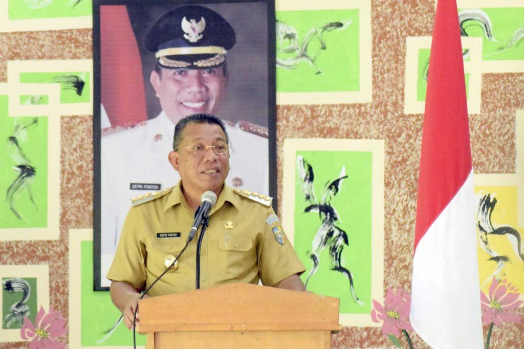 Bupati Depri Pontoh Rapat Dengan Seluruh Jajaran Dinas Pendidikan Se-Kabupaten Bolmut