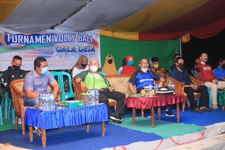 Wabup Bolmut Buka Tournament Volley Ball Gala Desa Tingkat Kecamatan Bolangitang Barat