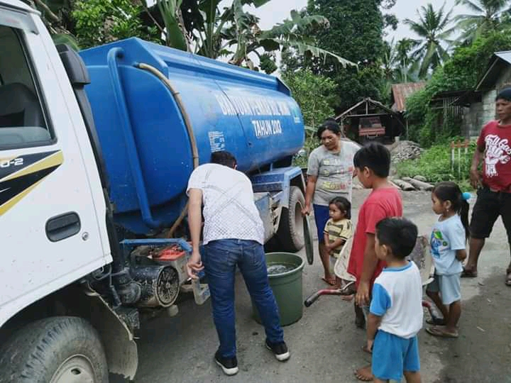 PDAM Bolmong Bantu Air Bersih Warga Korban Banjir