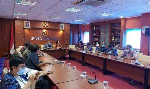 """Webinar """"Mengoptimalkan Pemanfaatan FABA untuk Pembangunan Ekonomi"""" ini diselenggarakan dari kerjasama Masyarakat Ketenagalistrikan Indonesia (MKI) dengan PWI Pusat"""