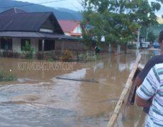Tiga SungaiMeluap, Desa Bakan Kecamatan Lolayan di Hantam Banjir