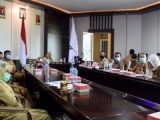 Wabub Bolmut Rapat Lewat Video Conference Dengan Wagub Sulut